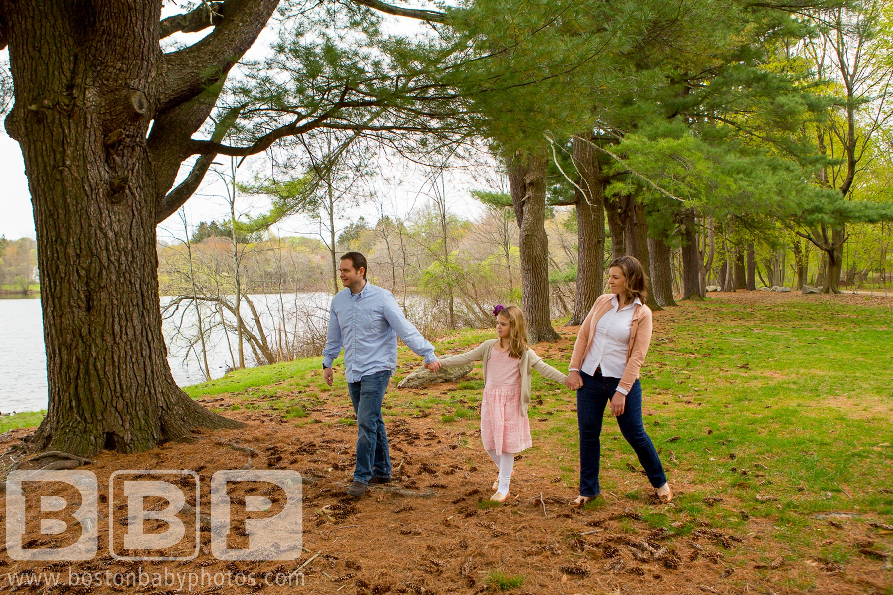 Milton MA Family Photographer - Minishoots at Turner's Pond are pretty fantastic