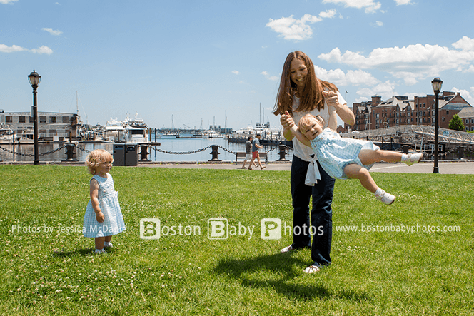 Boston Waterfront Family Photographer - The twins enjoy the Rose Kennedy Greenway