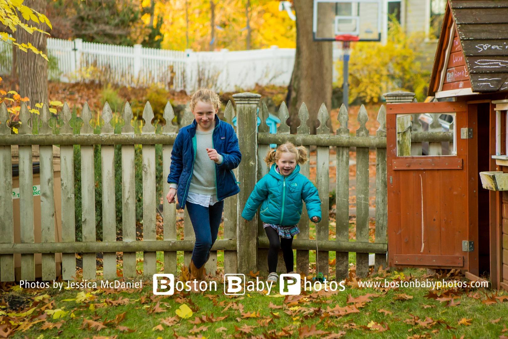 Arlington, MA: Fall leaves family photoshoot at home