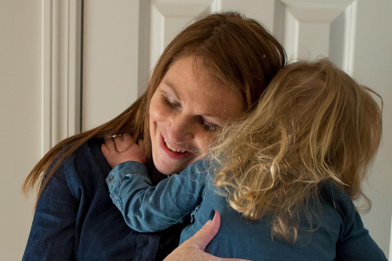 Brockton, MA: A maternity minishoot with one adorable big sister