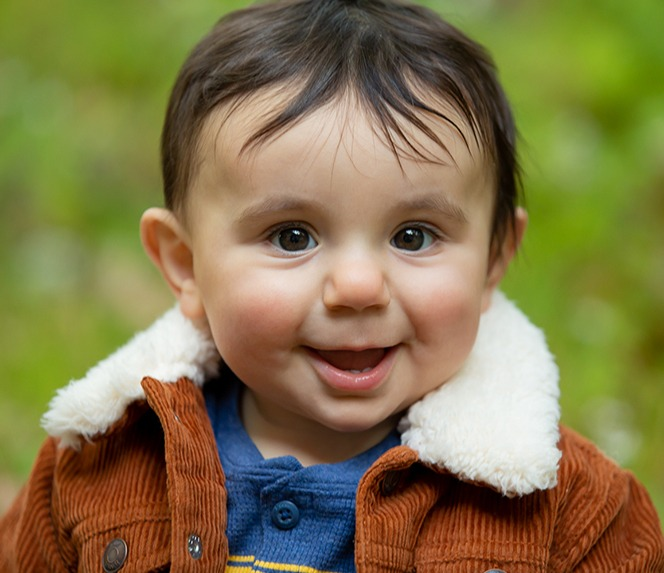 social distancing baby photoshoot