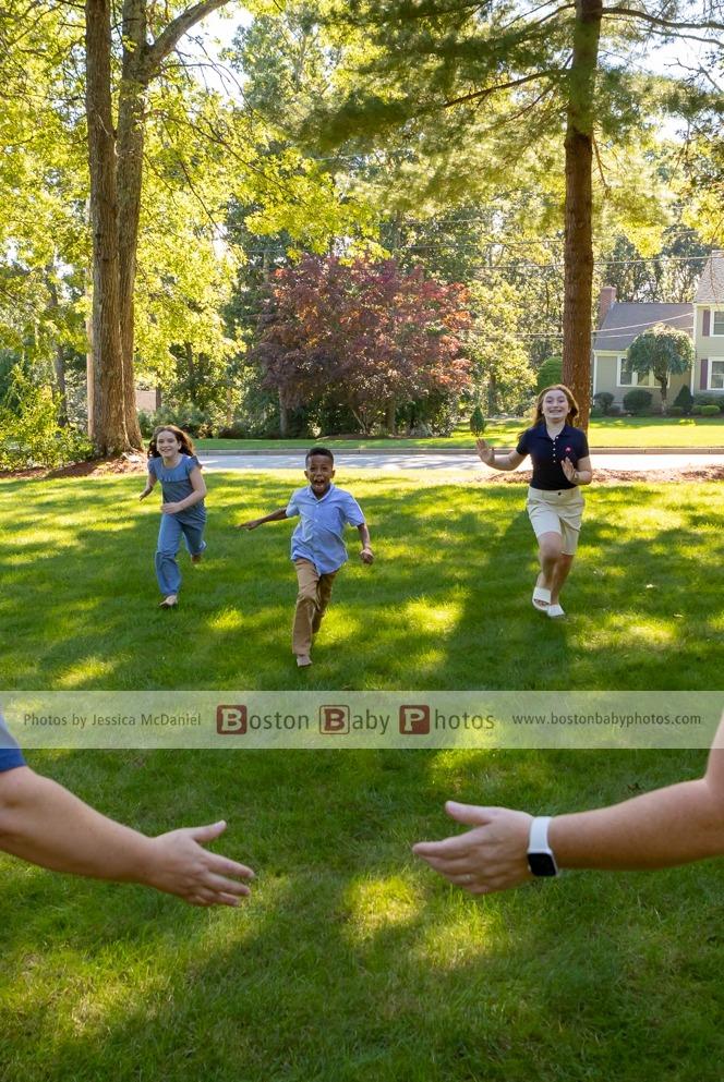 backyard family fun photoshoot